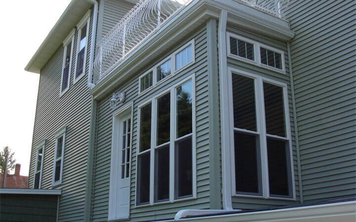 Residential Seamless Gutters Work In Central Wisconsin By